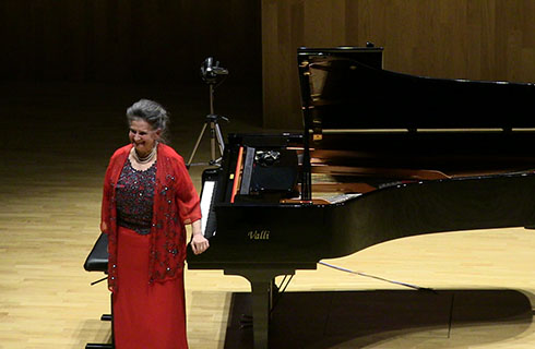La Musica di Marcella Crudeli appassiona il pubblico del Politeama